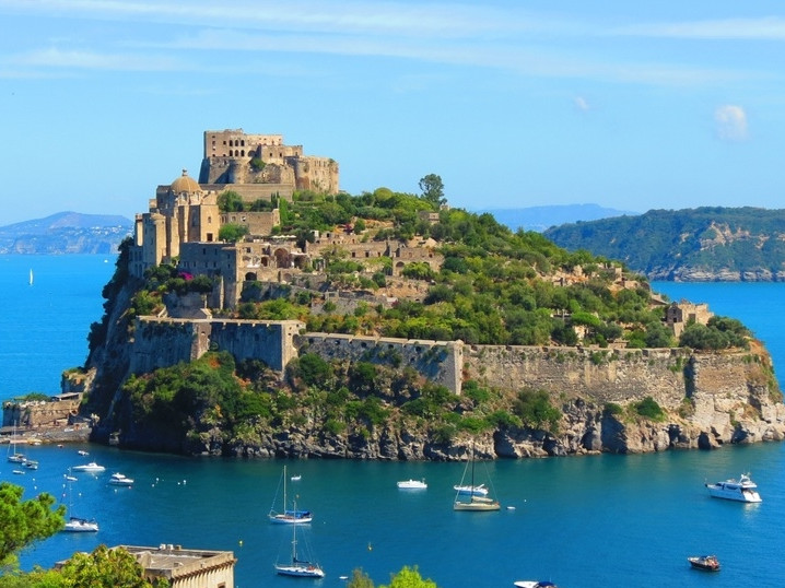 Excursions from Sorrento - Visit Sorrento - excursion in italy - Excursions from Aminta  - ischia visit - excursion ischia